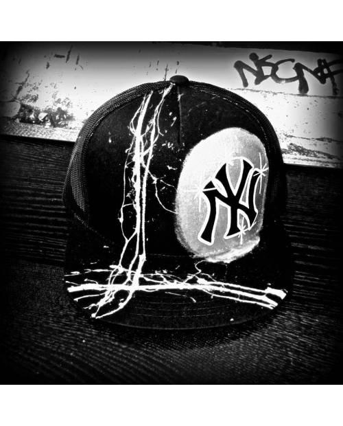 Casquette NY Trash Argent : Changez Les Couleurs !