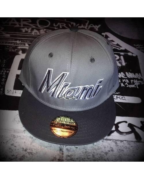 Casquette Snapback Miami Noir Rouge