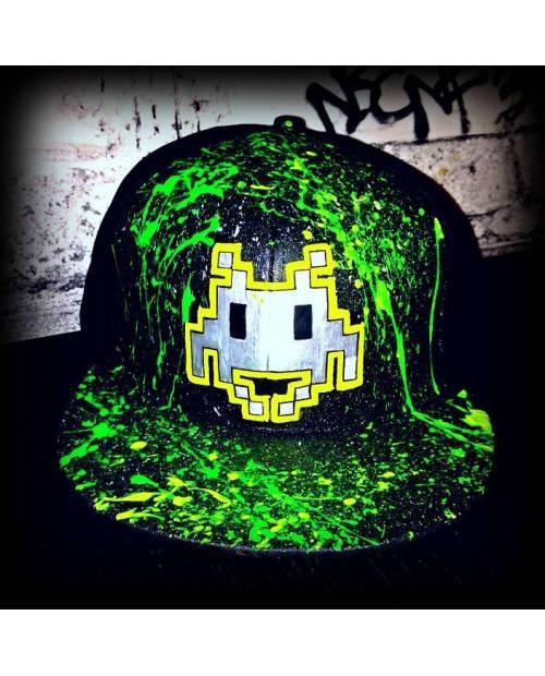 Votre grossiste casquette vous propose : Casquette verte et noire