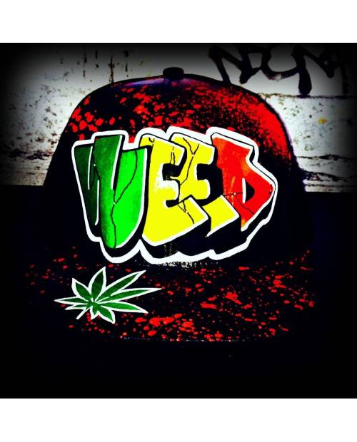 "Casquette Feuille de Cannabis ""Weed"""