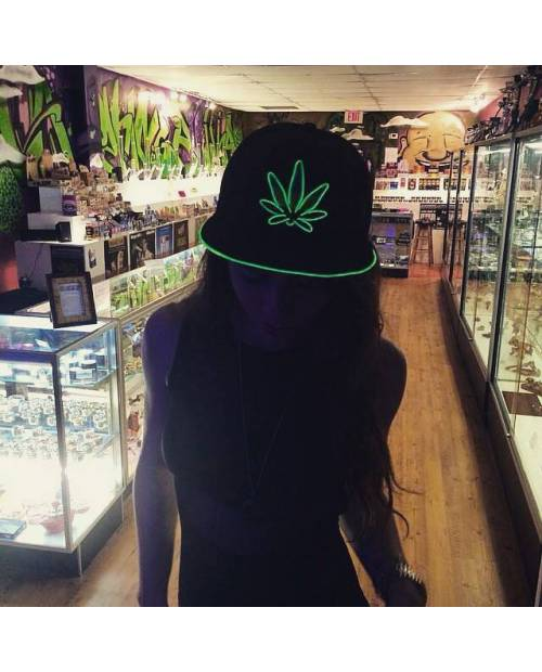 Casquette Led Cannabis, Casquette Lumineuse Weed