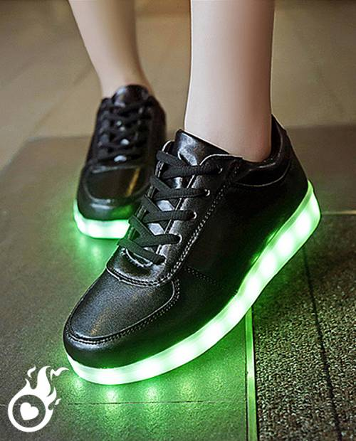 Chaussure led basket led chaussures lumineuses for Led lumineuse