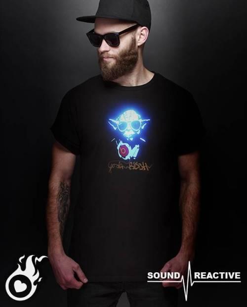 T Shirt Yoda DJ Lumineux