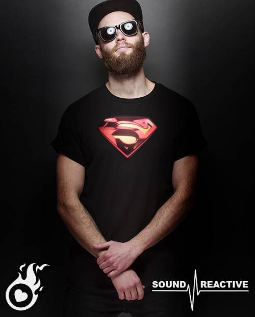 Tee Shirt Superman Lumineux